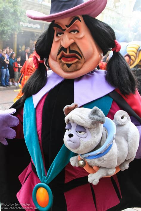 pocahontas pug name literally cried every time i saw this character at disney world when i was a kid