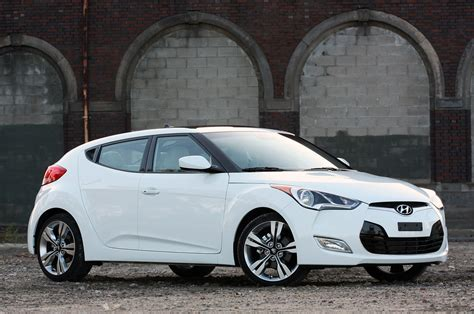 hyundai veloster hyundai veloster nixed in uk after just 3 years autoblog