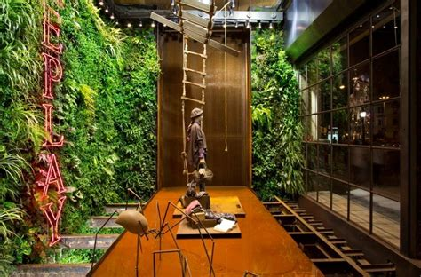 vertical indoor plant  home  garden catalog