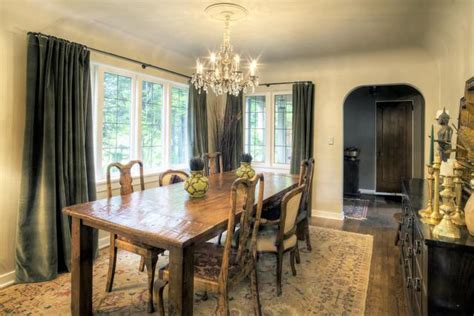 how high to hang a chandelier dining room chandelier how high to hang a din 28942