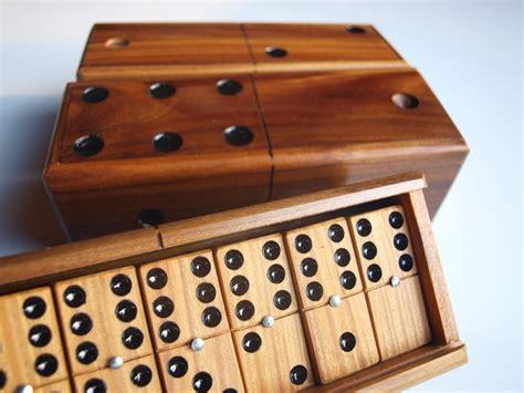 Handmade Dominoes Set - domino set wooden vintage top box dominoes