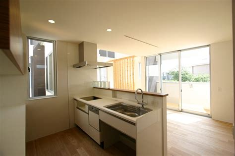 stratifié comptoir cuisine cuisine cuisine de comptoir avec jaune couleur cuisine