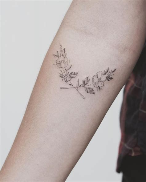 single flower tattoo designs best 10 single needle ideas on