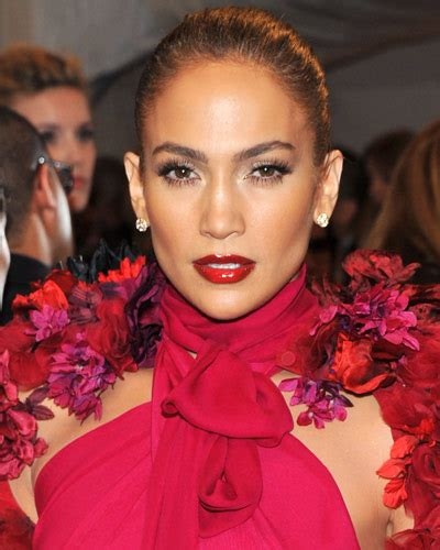 what lipgloss does jennifer lopez wear on american idol oooohsofab paint it red