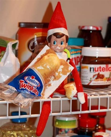 Twinkies Shelf by On The Shelf Twinkie Snack Our Simon Raids The