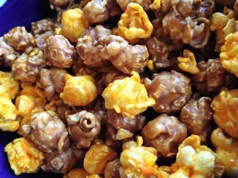 Garret Popcorn Chicago Mix Caramel Crisp Cheese Corn Small chicago mix brownie cookies baked chicago
