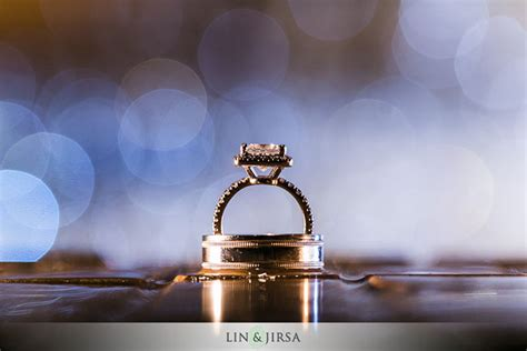 wedding ring photography tip use putty