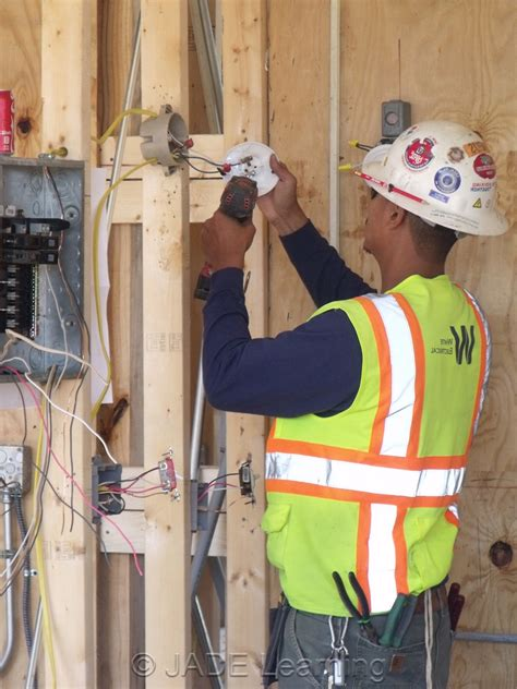 home electrician top 5 reasons to become an electrician the junction box