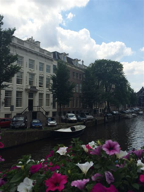 Amsterdam Häuser by Guerlain Spa Experience In Het Waldorf Astoria In