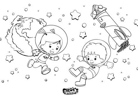 kinderlen voetbal stoere kleurplaat chloe en jet zijn in de ruimte