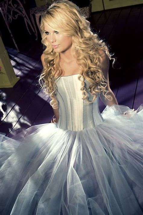 taylor swift princess dress dress purple flowy skirt bodycon dress princess prom
