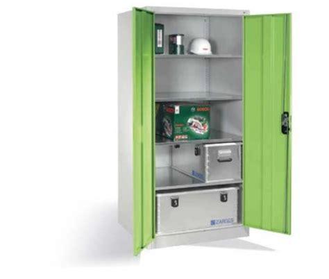 armoire métallique industrielle armoire atelier grande profondeur pour caisses et objets
