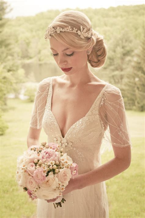 Wedding Hairstyles Not by In With These Wedding Hairstyles Modwedding