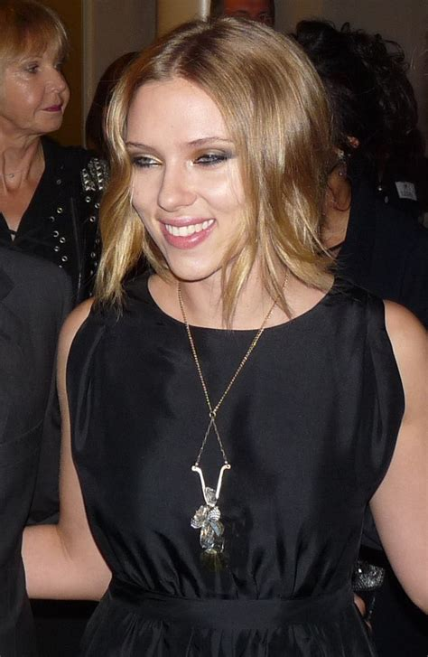hollywood actresses action movies list the 25 best scarlett johansson biography ideas on