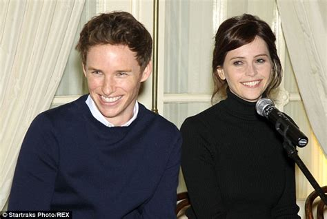 hawking travelling to infinity eddie redmayne morphs into stephen hawking for the theory