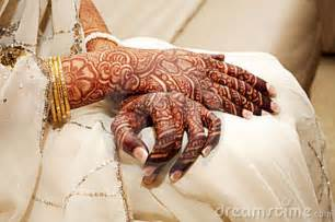 indian brides henna hand stock photography image 4227142