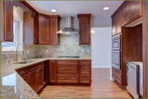 Kitchen Crown Molding Ideas by Kitchen Cabinet Crown Molding Ideas Home Design Ideas
