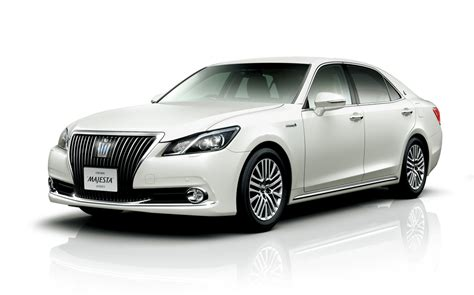 tmc toyota tmc launches new crown majesta sedan in japan