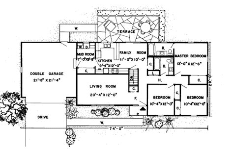560 sq ft ranch style house plan 3 beds 2 baths 1396 sq ft plan