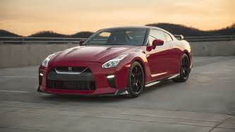 nissan s gt r track edition feels at home on the circuit