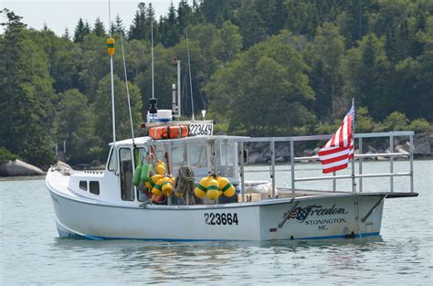 lobster on a boat nyc lobster boat images of maine pinterest boating