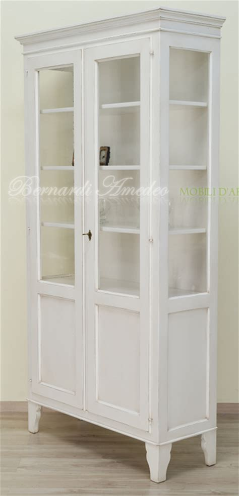 credenze stile country vetrina country in legno laccato bianco anticato ultimi