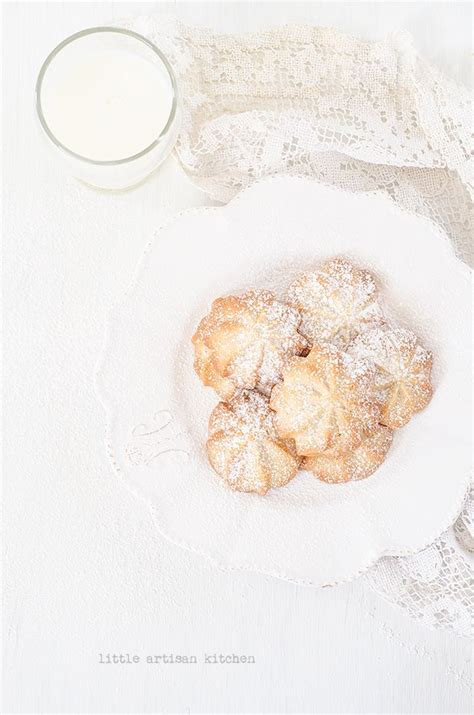 Monasari Butter Cookies With Syrup maple syrup butter cookies food photography
