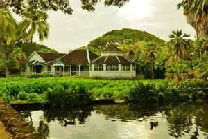 Cottage Kitchen Islands moanalua gardens honolulu only in hawaii