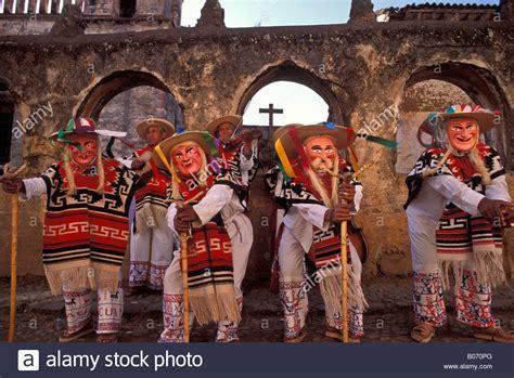 imagenes de up los viejitos dance of the old men or baile de los viejitos in patzcuaro