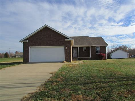 houses for rent in elizabethtown ky 145 tumbleweed court elizabethtown ky mls 10036925 real estate property
