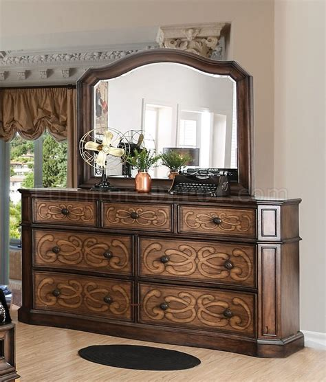 chestnut bedroom furniture emmaline 5pc bedroom set cm7831 in warm chestnut w options