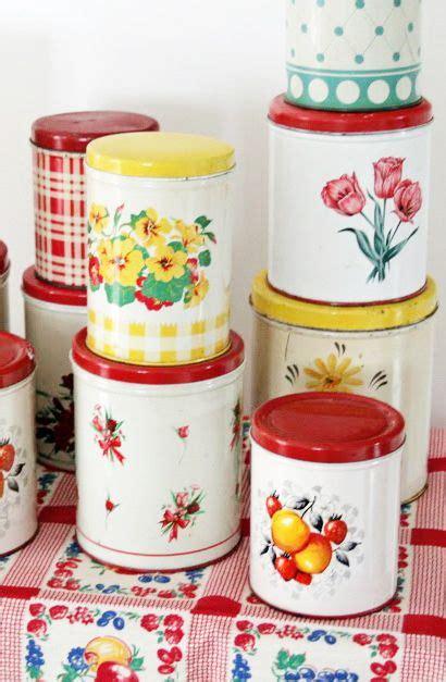 vintage kitchen canisters best 20 vintage kitchen ideas on