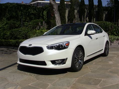 Kia Cadenza 2014 Review by 2014 Kia Cadenza Drive Review Is This The