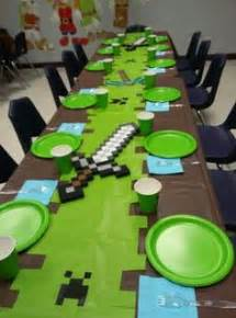 minecraft table decorations 1000 ideas about minecraft favors on