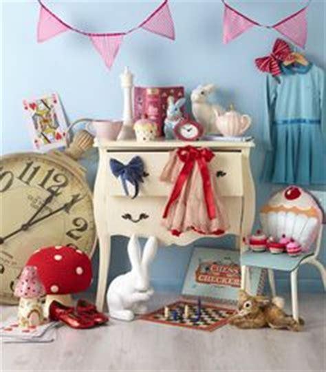 alice in wonderland themed bedroom decor alice in wonderland home decor on pinterest alice in