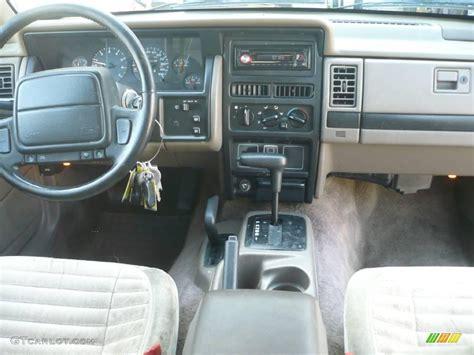 1995 Jeep Grand Laredo Interior 1995 Moss Green Pearl Jeep Grand Laredo 4x4