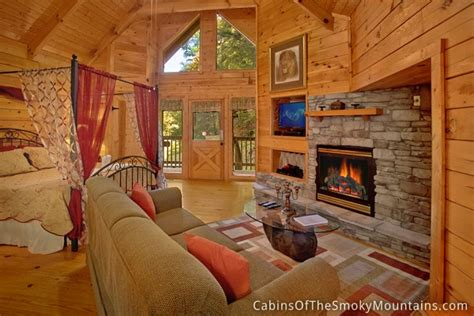 gatlinburg 1 bedroom cabins gatlinburg cabin honeymoon magic 1 bedroom sleeps 4