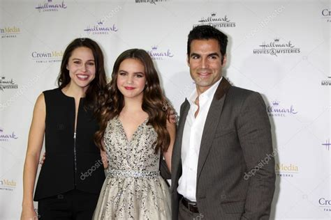 bailee madison kaitlin riley kaitlin riley bailee madison jordi vilasuso