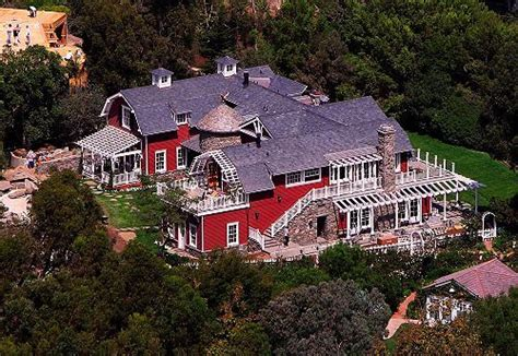 barbra streisand s house barbra streisand home and the o jays on pinterest