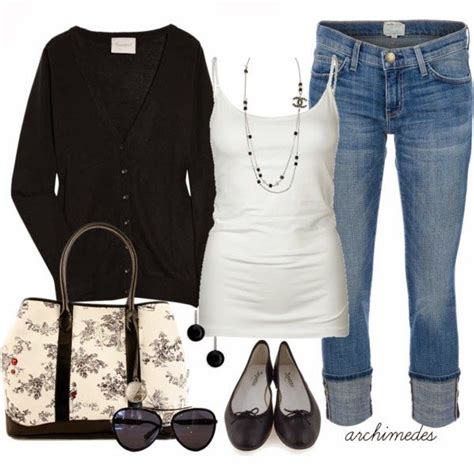 inspiration crochet blouse black from crochetemoda i adore this adorable cardigan white blouse jeans handbag and