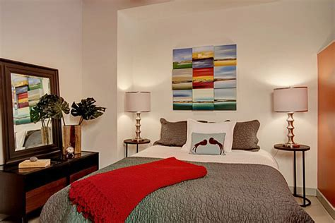 Apartment Bedroom Wall Ideas Small One Bedroom Apartment Decorating Ideas