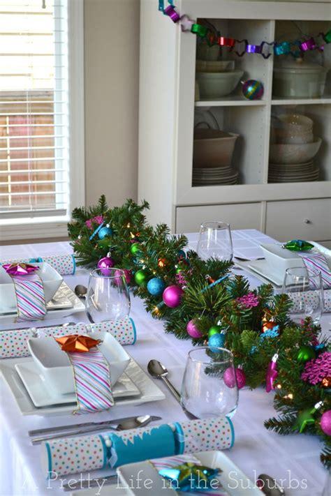diy christmas tablescapes   knock  socks