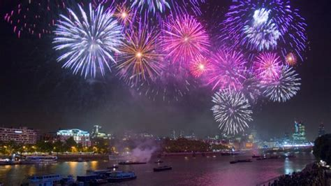 new year s thames river new year eve 2017 london london fireworks displays
