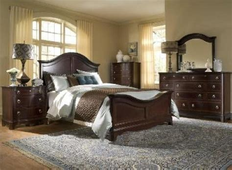 broyhill furniture lenora poster bed bedroom set queen or broyhill furniture ferron court king poster or queen panel