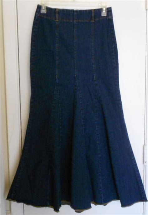 y size 6 denim blue jean skirt flare mermaid style