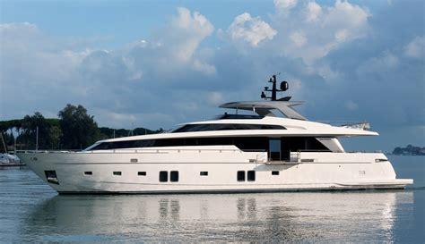 san lorenzo miami boat show sanlorenzo sl72 yacht charter superyacht news