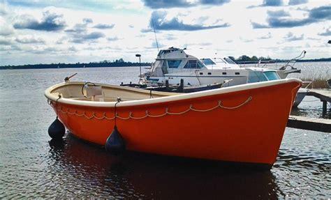 grote reddingssloep sloep varen op de grachten dutch boat key nl groupon
