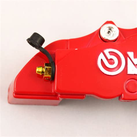 Masteren Cnc Set Brembo Univesal brembo brake caliper covers are a cheap way to spice up your car autoevolution