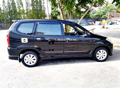 Lu Mobil Avanza iklan bisnis samarinda dijual mobil toyota avanza 2010 s 1 5 a t hitam posisi samarinda