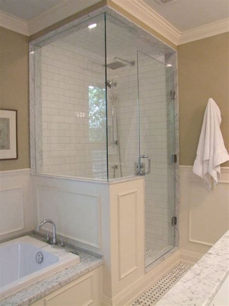 what to use on bathroom walls 25 best ideas about half walls on pinterest half wall